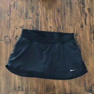 Nike Dri Fit Tennis Skirt / Skort